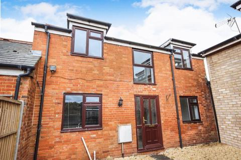 2 bedroom terraced house for sale - PARKHOUSE MEWS, CHOLDERTON, SP4