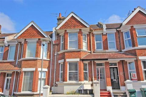 3 bedroom terraced house for sale - Semley Road, Brighton