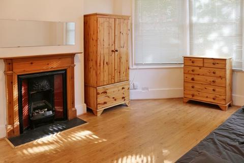 House share to rent - Langham Road, Turnpike Lane