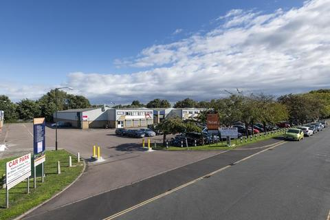 Industrial unit to rent - Units 21 and 23, Concorde Road, Norwich, NR6 6BQ