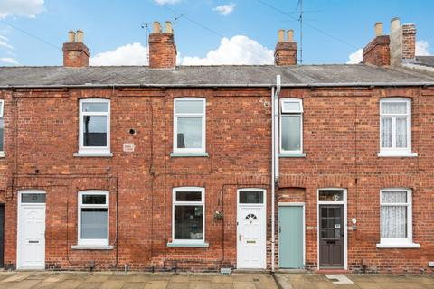 2 bedroom house for sale - Poplar Street, York