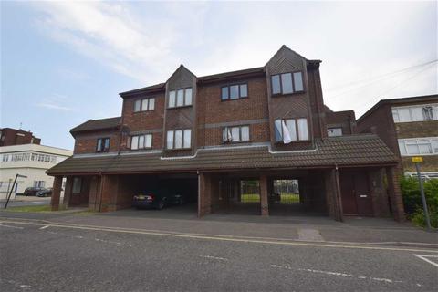 1 bedroom flat for sale - Penventon Court, Tilbury, Essex