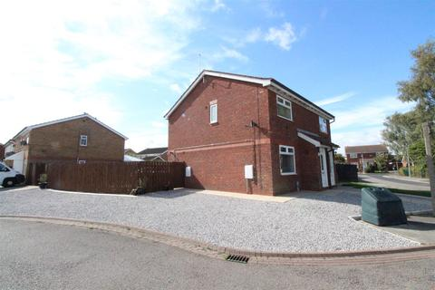 3 bedroom semi-detached house for sale - Countess Close, Hull
