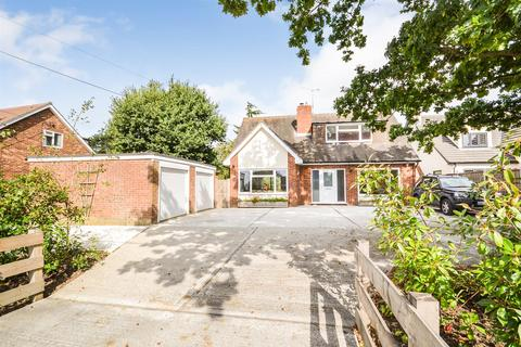 3 bedroom detached house for sale - Burnham Road, Althorne, Chelmsford