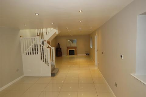 3 bedroom detached house to rent - Manchester Road, Crosspool, Sheffield