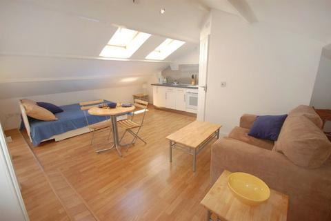 Studio to rent - Southwell Gardens, South Kensington, SW7