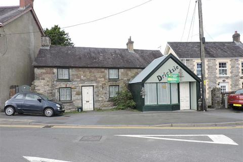 3 bedroom cottage for sale - High Street, Llandybie