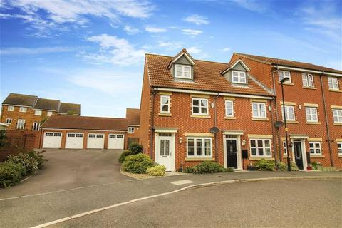 3 bedroom semi-detached house for sale - Dukesfield, Whitley Bay, Tyne And Wear