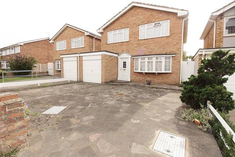 4 bedroom detached house for sale - Lea Road, Benfleet