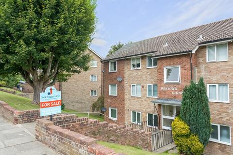 2 bedroom flat for sale - Mill Rise, Brighton, BN1