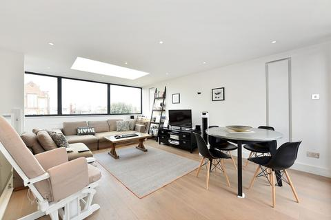 2 bedroom apartment to rent - Delaford Street, Fulham, SW6