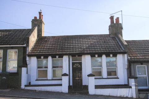 2 bedroom terraced house for sale - Bear Road, Brighton