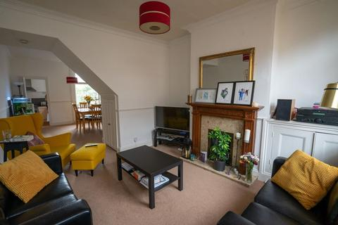 2 bedroom terraced house to rent - Leopold Road, Clarendon Park, Leicester