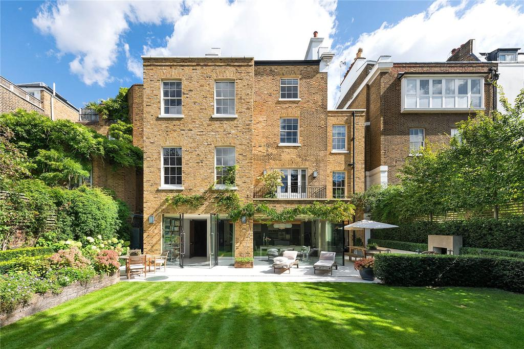Four Stupendous Homes For Sale In Notting Hill With