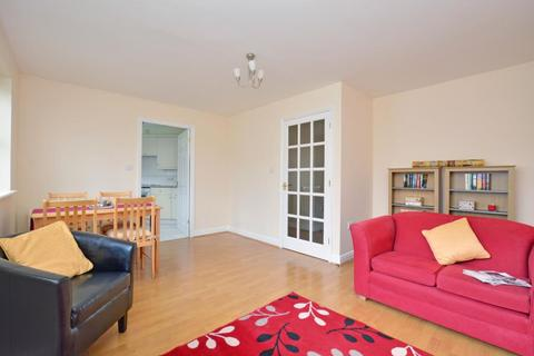 2 bedroom flat to rent - Thyme Close, Blackheath, London, SE3