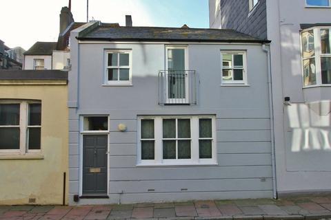 4 bedroom townhouse to rent - Steine Street, Brighton