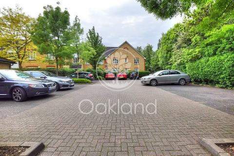 2 bedroom flat for sale - St. James Gardens, Little Heath