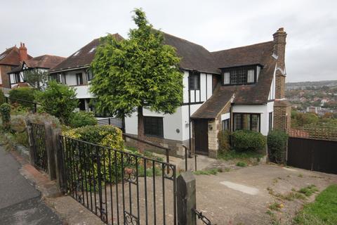 3 bedroom detached house to rent - Tivoli Crescent North, Brighton BN1