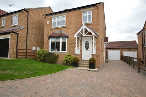 3 bedroom detached house for sale - Bantam Grove View, Morley, Leeds