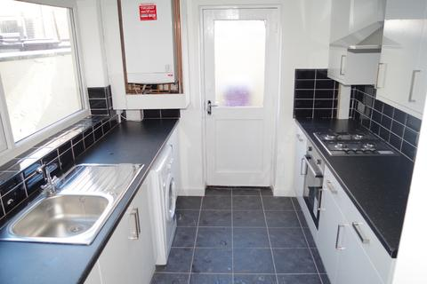 4 bedroom house share to rent - Brae Street , Liverpool  L7