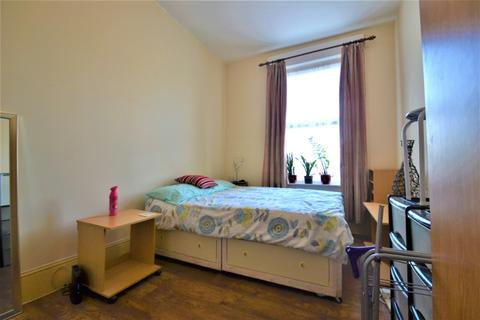 1 bedroom flat share to rent - Sebert Road, Forest Gate, E7