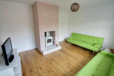 3 bedroom semi-detached house for sale - Falmouth Road, Chelmsford