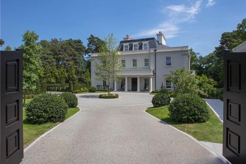 6 bedroom detached house for sale - East Road, St George's Hill, Weybridge, Surrey, KT13