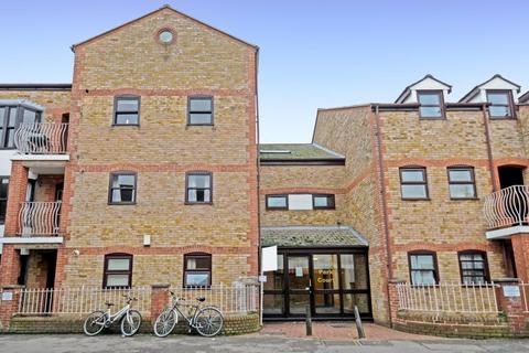2 bedroom flat for sale - South Park Court, Oxford, OX4