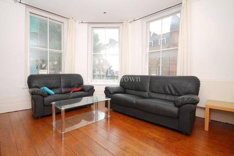2 bedroom apartment to rent - Churston Mansions, 176 Grays Inn Road, Clerkenwell