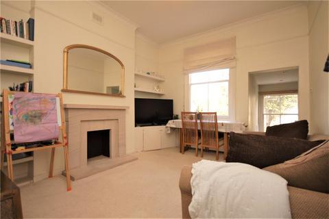 2 bedroom apartment to rent - Arlington Gardens, Chiswick, London, W4