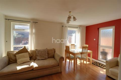 1 bedroom house share to rent - Greville Close