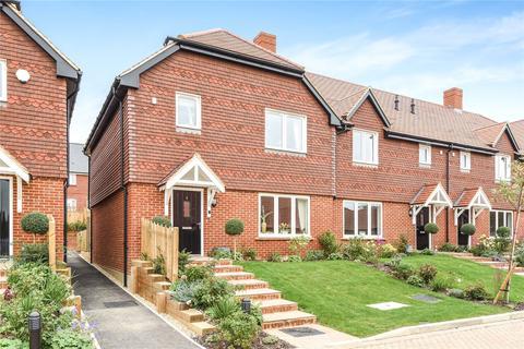 3 bedroom terraced house for sale - Lymington Bottom Road, Medstead, Alton, Hampshire, GU34