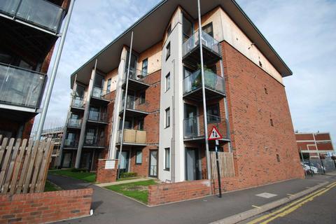 2 bedroom flat to rent - Dalymond Court, Norwich