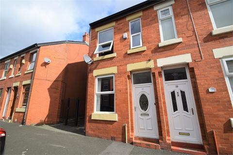 2 bedroom end of terrace house for sale - 17 Kenwyn Street, MANCHESTER