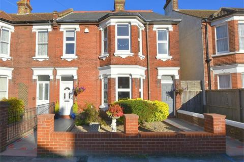 4 bedroom semi-detached house for sale - Gladstone Road, Broadstairs, Kent