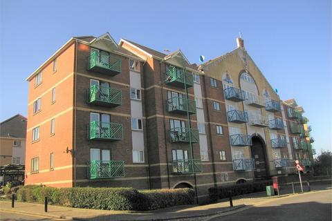 2 bedroom flat for sale - Fitzroy House, Trawler Road, Maritime Quarter, Swansea