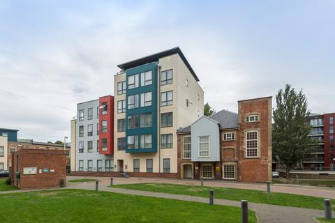 2 bedroom penthouse to rent - Granary View, Norwich