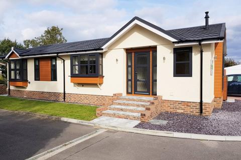 2 bedroom mobile home for sale - Shenley Corner, Headcorn