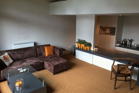 1 bedroom apartment to rent - The Collegiate Shaw Street L6