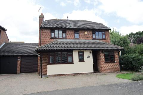 4 bedroom detached house for sale - Pittfields, Langdon Hills, Essex, SS16