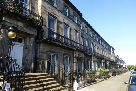 3 bedroom flat to rent - Regent Terrace, Edinburgh,