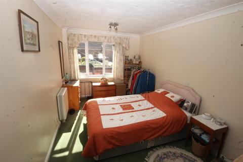 2 bedroom flat to rent - Recorder Road, Norwich