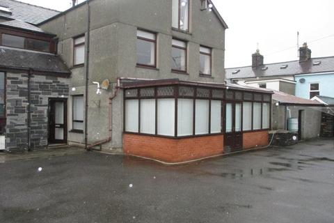1 bedroom flat for sale - Chandlers Place, Porthmadog