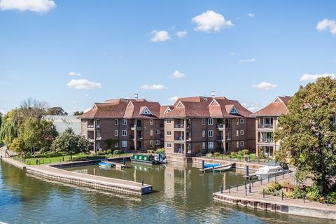 3 bedroom apartment for sale - Eights Marina, Cambridge