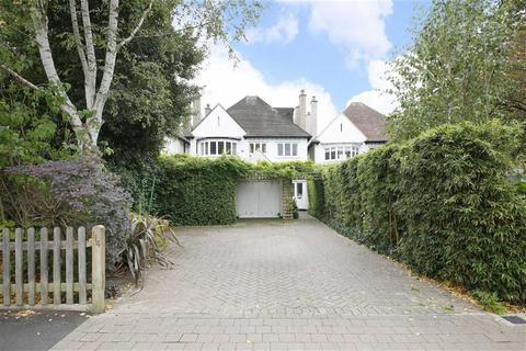 7 bedroom detached house for sale - Court Lane, London