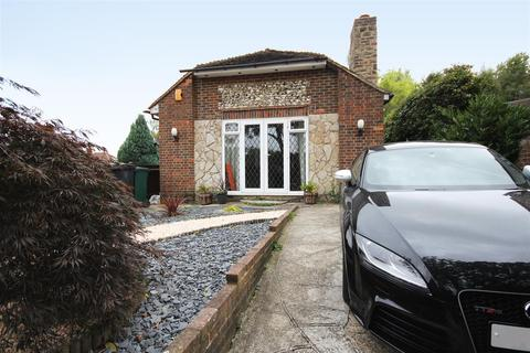 3 bedroom detached bungalow for sale - Eastwick Close, Patcham, Brighton