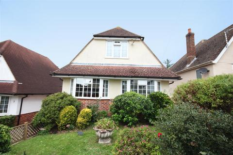 3 bedroom detached house for sale - Solway Avenue, Patcham, Brighton