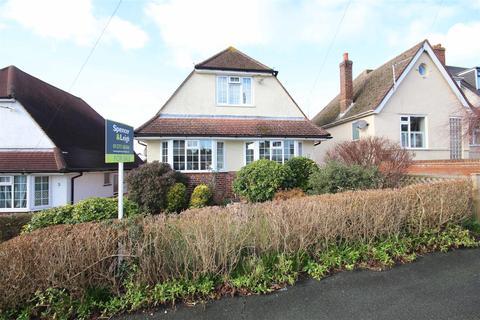 3 bedroom detached house for sale - Solway Avenue, Patcham, Brighton