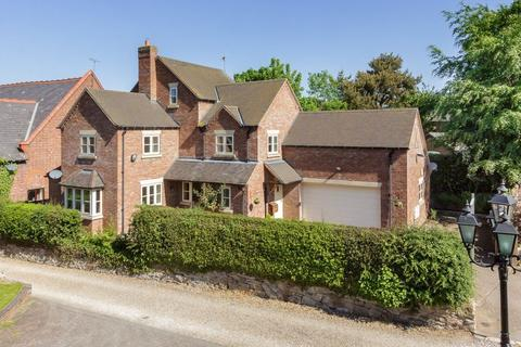 4 bedroom detached house to rent - The Butts, Betley, Cheshire