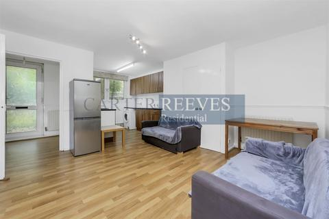 4 bedroom flat to rent - Oakley Square, London